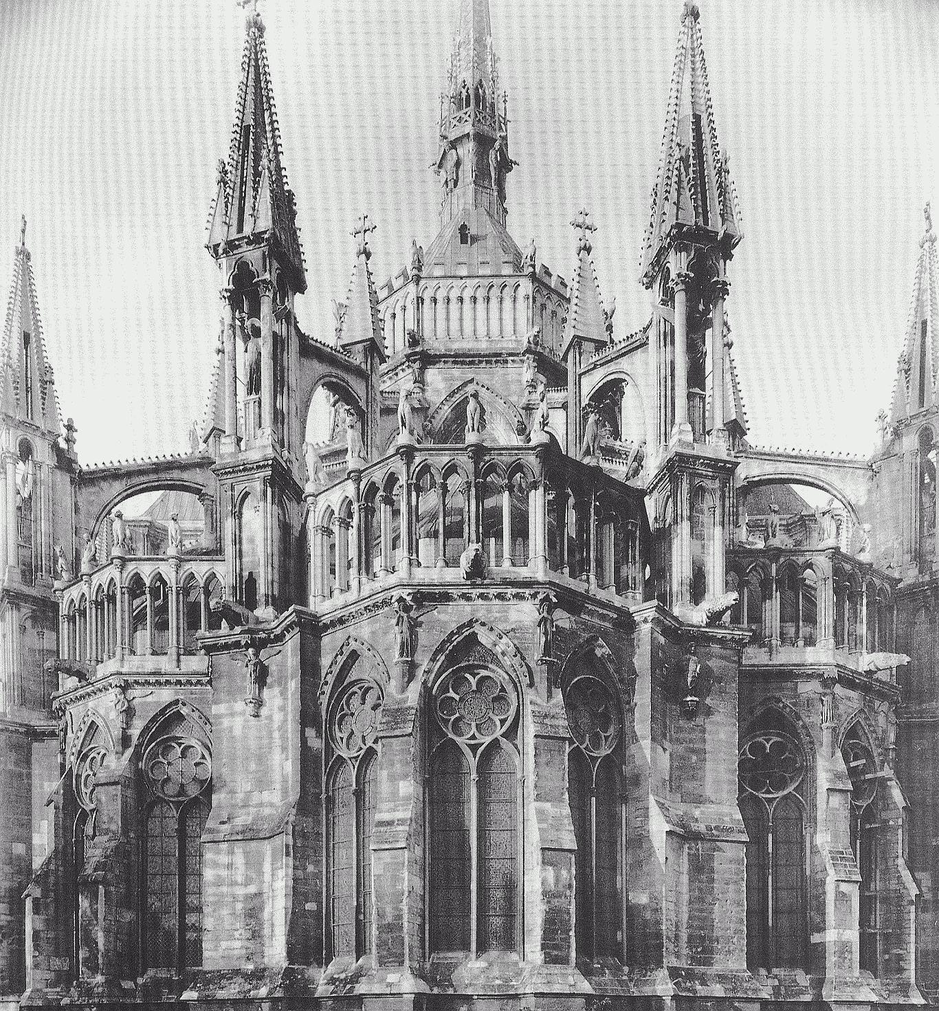 Wunderland bei nacht gotik - Architektur gotik ...