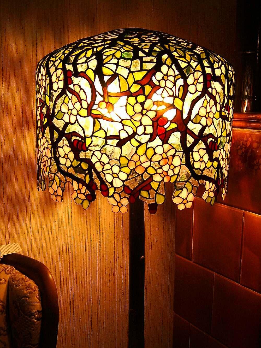 Wunderland Bei Nacht  Lampen In Tiffany